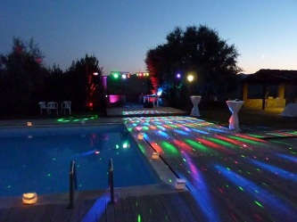 dj service in Italy : 70's and 80's swimming pool party in Tuscany