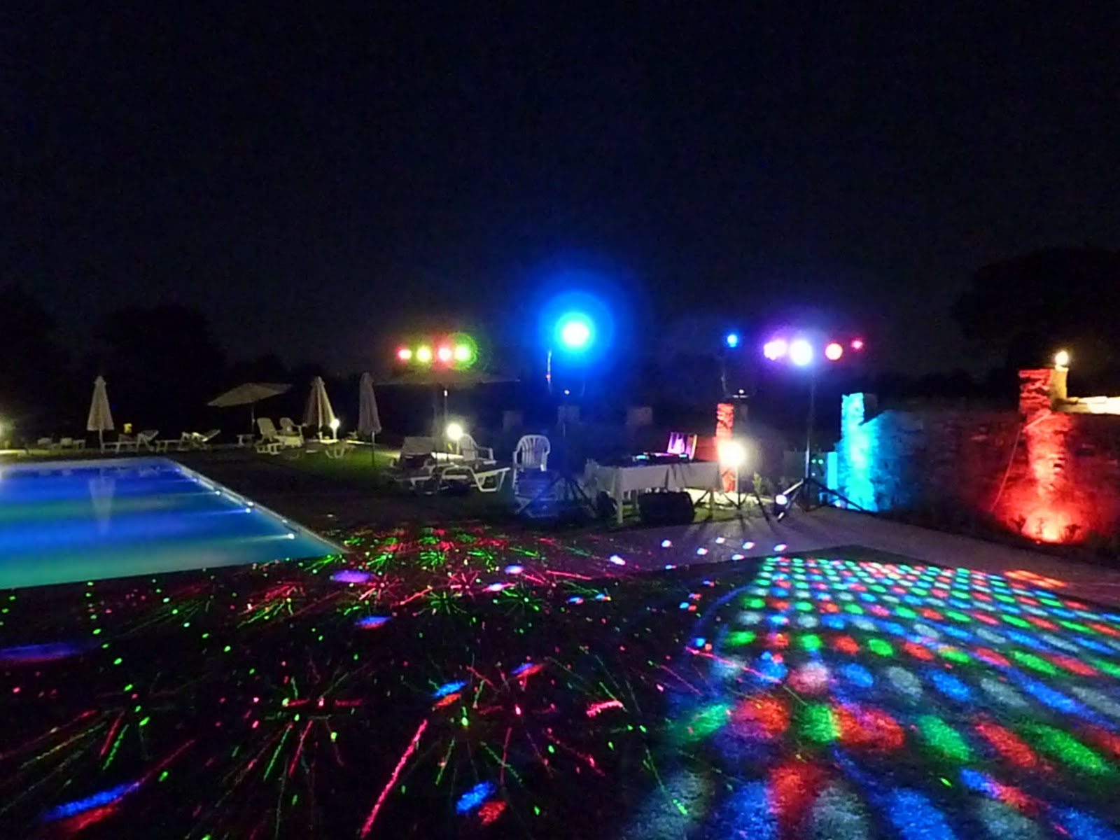 Pool Party Mobile Dj And Mobile Disco For Your Party In